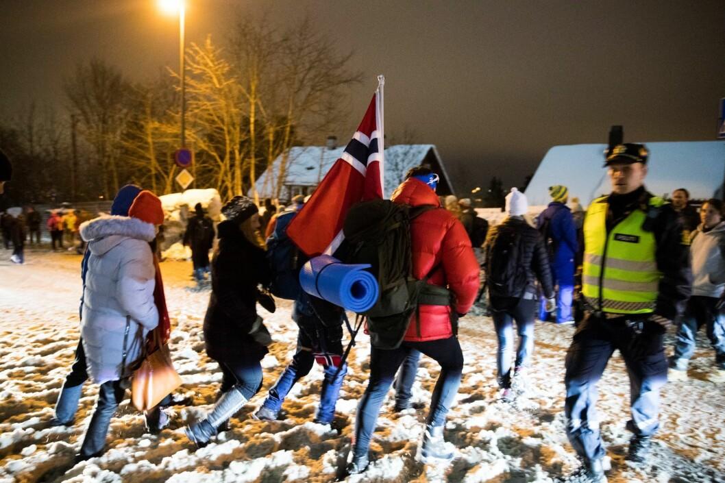 Mennesker på vei hjem fra etter femmila i Kollen i fjor. Foto: Berit Roald / NTB scanpix