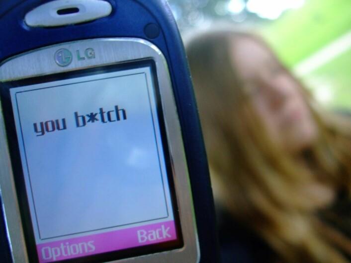 Mobbing på nett og i digitale medier er et stadig økende problem blant unge i dag. Illustrasjonsfoto: Unhappyspoon / flickr