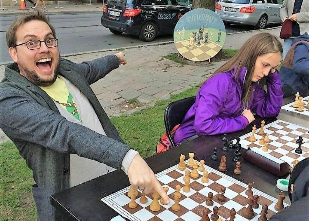 – I Oslo kan vi skape logistikkløsninger og publikumsarrangementer som sjakken internasjonalt ikke en gang har turt å drømme om, mener internasjonal sjakkdommer Kristoffer Gressli. Foto: Privat