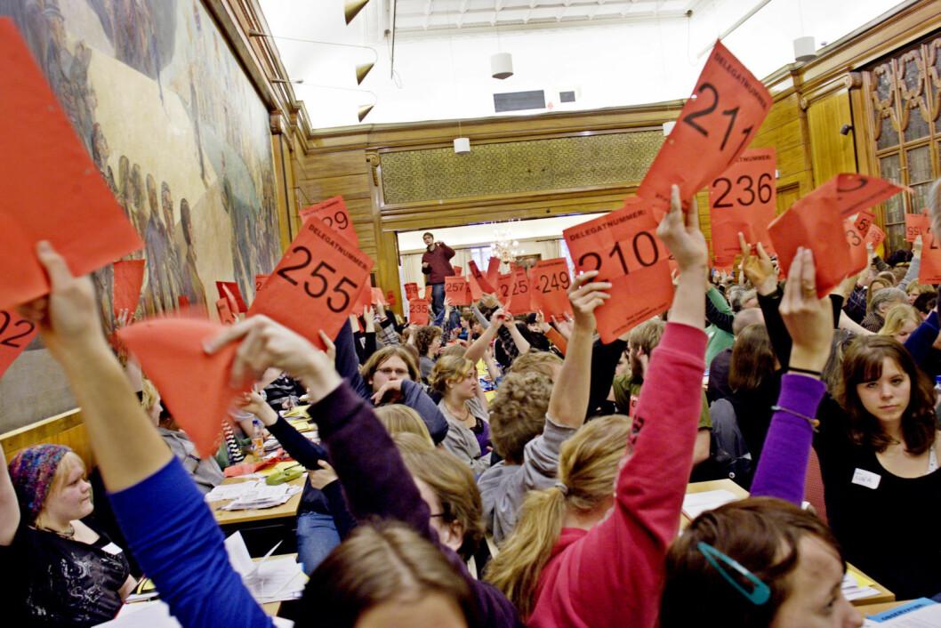 I mars 2007 ble partiet Rødt etablert som en sammenslåing av AKP, Internasjonale Sosialister, Rød Valgallianse og Rød Ungdom.  Foto: Stian Lysberg Solum NTB scanpix
