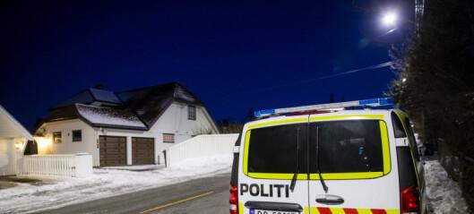 Justisminister Tor Mikkel Waras bil brant i natt. PST etterforsker brannen