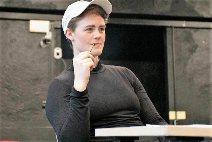 — Når man er i teater ønsker man å ta en pause fra hverdagen, men samtidig få noen inntrykk som kan påvirke ens egen verdensforståelse, sier regissør Karoline Husjord. Foto: Thor Langfeldt