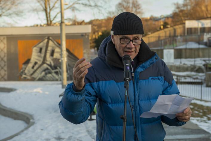 Olaf Svorstøl og Rødt vil legge fram krav om at skoleveien for barna på Gamlebyen skole må bli tryggere. Foto: Morten Lauveng Jørgensen