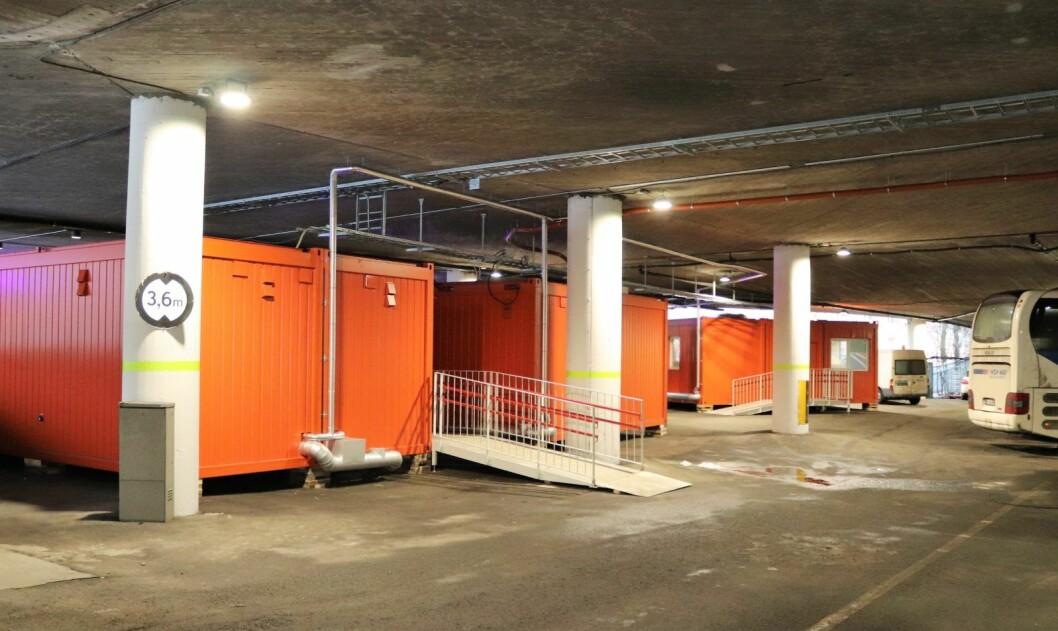 Bussjåførerog tollvesenet har fått nye og etterlengtede fasiliteter i de nye miløpaviljongene ved Oslo bussterminal. Foto: