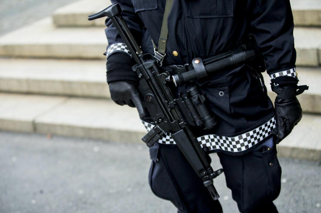 Publikum vil kunne høre skuddsalver og skrik når øvelsene foregår innendørs i Oslo sentrum, opplyser politiet. Foto: Vegard Wivestad Grøtt / NTB scanpix