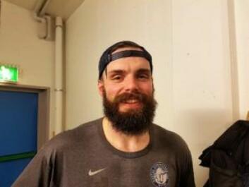 Villiam Strøm er glad for å få noen dagers pause til semifinaleoppgjøret kan starte. Foto: André Kjernsli