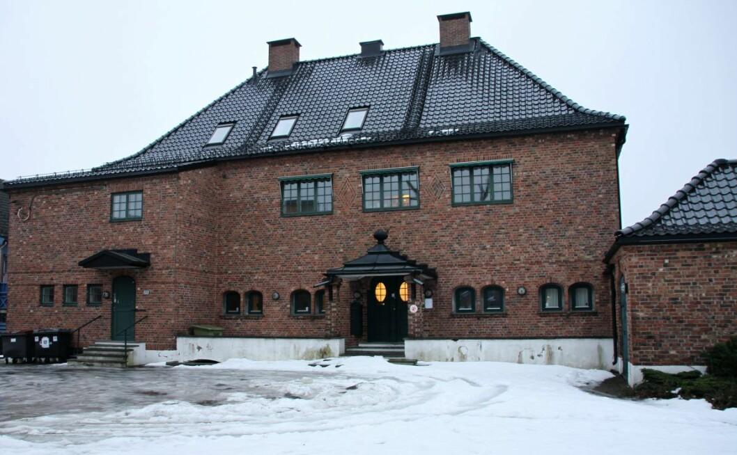 Den gamle diektørboligen i Frystikkaléen på Helsfyr skal gjøes om til boliger. Den hadde passet bedre som et ungdomshus. Foto: Ensjø Aktuell Informasjon