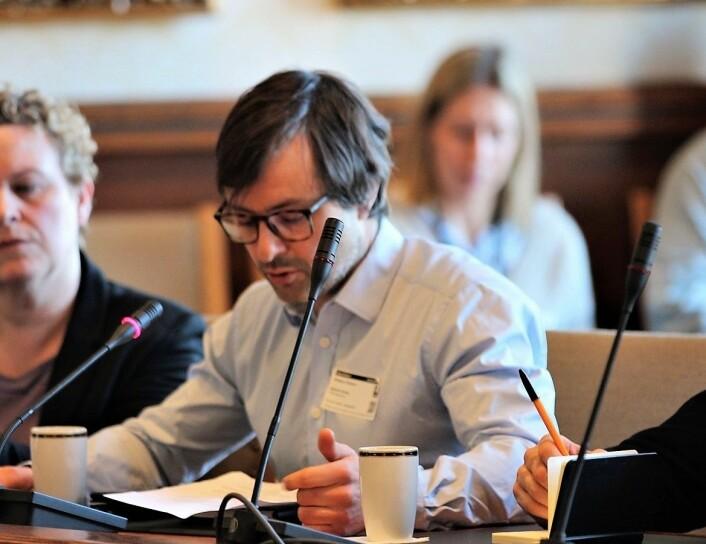 — Vårt syn er at frihetsberøvelse er siste utvei, sier seniorrådgiver hos barneombudet, Anders Prydz Camron