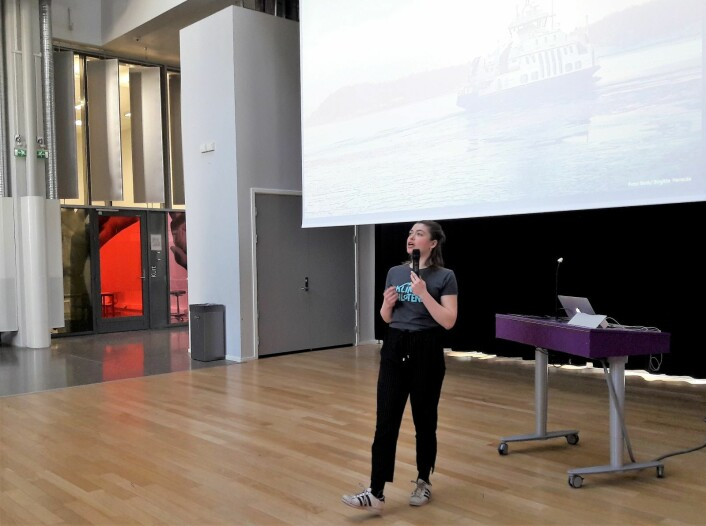 Emilie Hernes Vereide forklarte både om de store og de små sammenhengene hvor klima virker inn. Foto: Anders Høilund