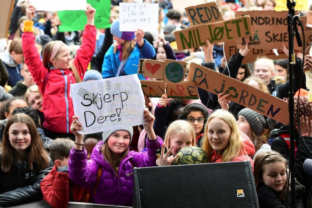 Skoleelever og studenter demonstrerte på Torgalmenningen i Bergen i forrige uke. Foto: Marit Hommedal / NTB scanpix