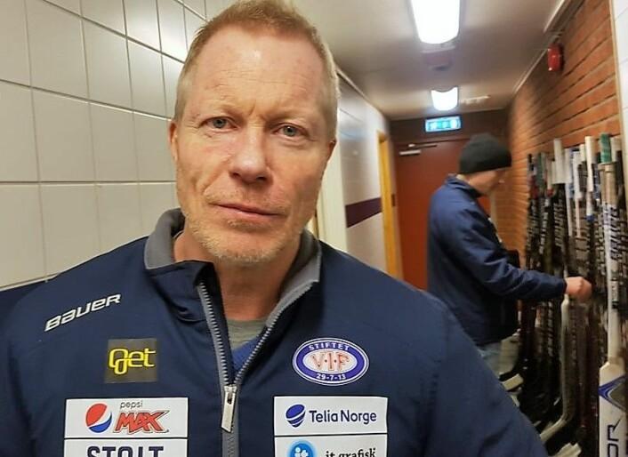 — Dommerne pirker for mye. De må ikke ta bort intensiteten i sporten vår, sier Roy Johansen etter seieren mot Frisk. Foto: André Kjernsli