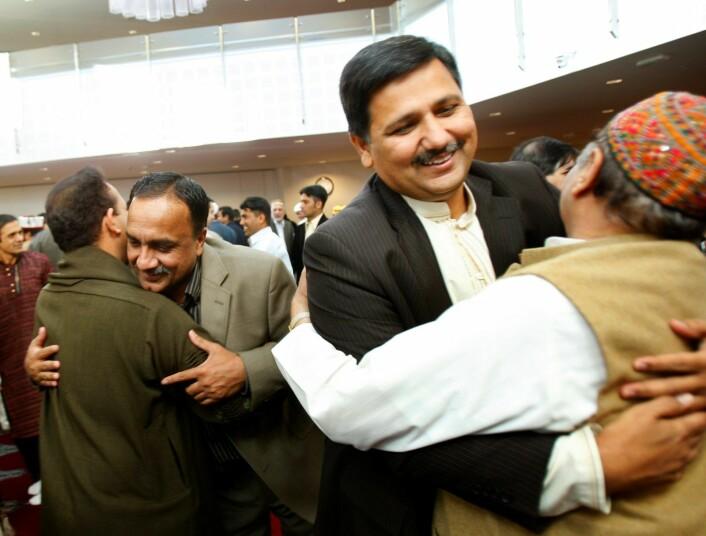 Khalid Mahmood under feiring av id al-fitr i Central Jamaat-e Ahl-e Sunnat moskéen i 2007.<br />Foto: Heiko Junge / NTB scanpix