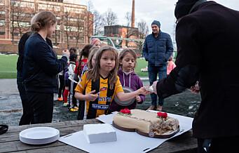 For en jubileumspresang! Barna i Grüner og i Sportsklubben 09 feirer ny hall