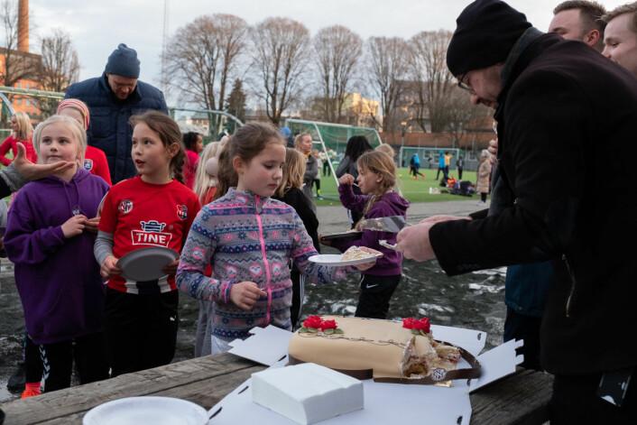 Gode nyheter for idrettsutøverne på Grüner fremover. Om noen få år får de sin egen hall. Foto: Erik Haukebø
