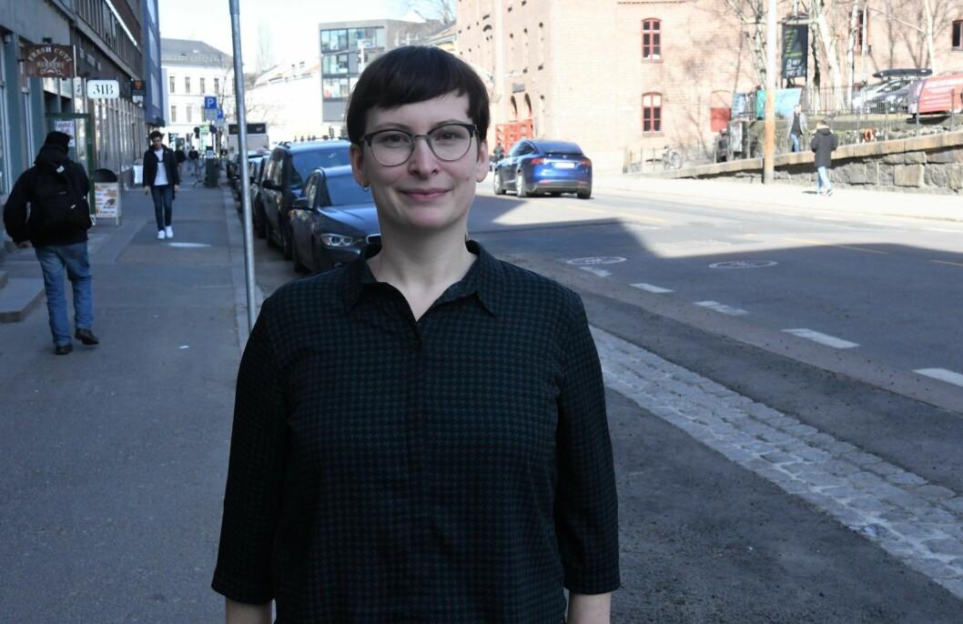 Katja Ma Bratseth fra boligenheten i bydel Gamle Oslo og hennes kolleger har oppdaget store mørke sider  ved det private markedet for utlån av boliger på Grønland. Foto: Christian Boger