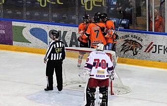Sesongens mageplask av VIF Hockey i Askerhallen
