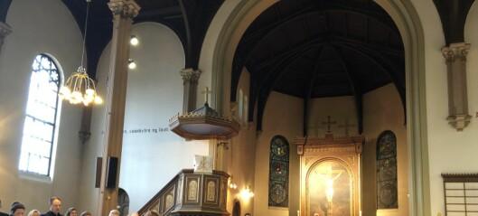 På søndag var det siste ordinære gudstjeneste i Sofienberg kirke. Kirkegjengerne takket for 141 fine år
