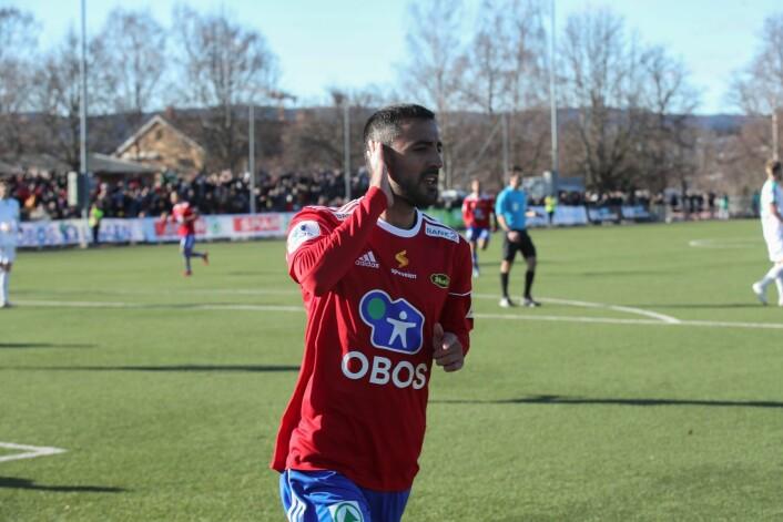 Mesut Cän scorer 1-0 målet under kampen mellom Skeid og HamKam. Foto: Vidar Ruud / NTB scanpix