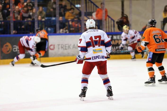Godt å ha Stefan Espeland tilbake i laget. Foto: André Kjernsli