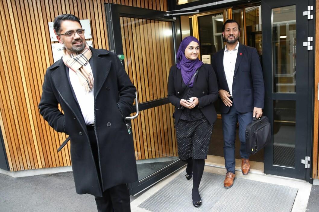 Smaira Iqbal (i midten) har rykket opp til nestledervervet i Islamsk Råd, Mehtab Afsar bakerst er ute av organisasjonen, det samme er Zaeem Shaukat (t.v.). Foto: Cornelius Poppe / NTB scanpix