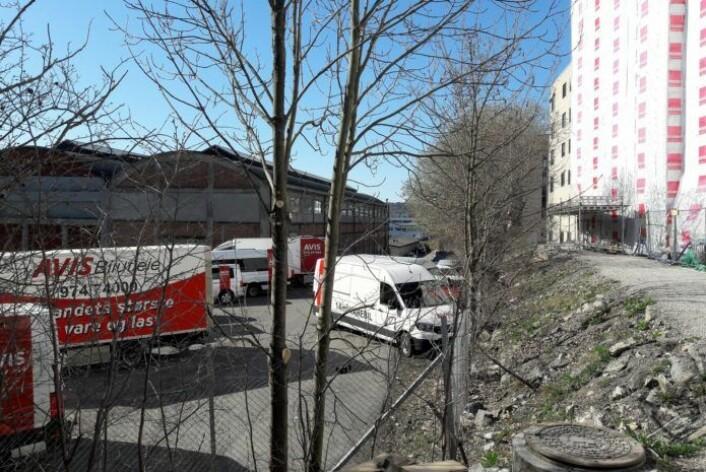 Herfra og ned til Ensjø er det i dag ikke plass til noe parkdrag. Foto: Anders Høilund