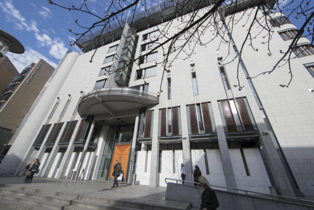 En oslomann i 50-årene må mandag møte i Oslo tingrett tiltalt for seksuelle overgrep mot sine to mindreårige sønner. Foto: Terje Bendiksby / NTB scanpix
