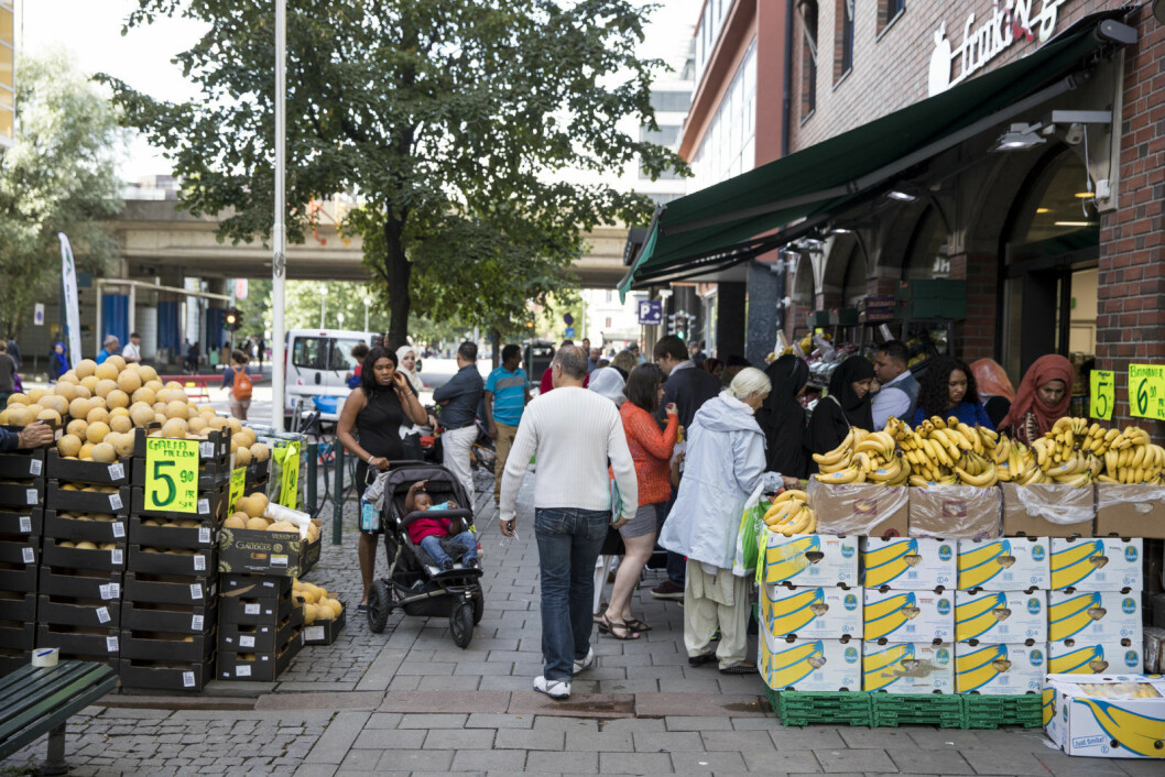 Grønland har stort innslag av oslofolk med minoritetsbakgrunn, men opplever likevel ikke fraflytting av innbyggere med etnisk norsk bakgrunn. Utflyttingen er størst i bydelene Søndre Nordstrand og groruddalsbydelene Alna, Stovner og Grorud. Foto: Tore Meek / NTB scanpix