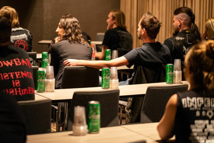 Ølsmaking må til skal man bli en god black metaller. Foto: Terje Ottesen / Inferno Metal Festival