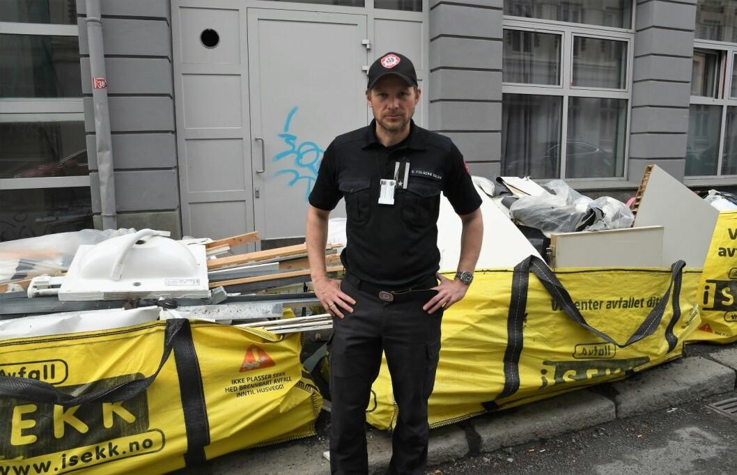 � Det finnes andre løsninger enn å ringe 110 når vannet slår inn i kjelleren din, sier fungerende informasjonssjef i Oslo brann- og redningsetat Sigurd Folgerø Dalen.  Foto: Christian Boger