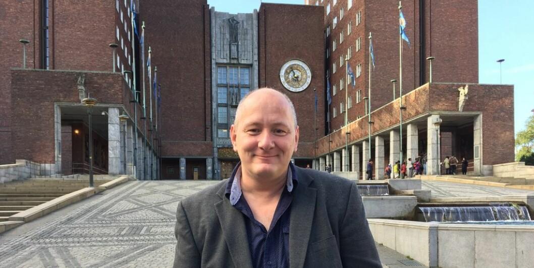 Roger Dehlin understreker at Fagforbundet i Oslo er opptatt av at biltrafikken i Oslo må ned. Foto: Steinar Ottesen