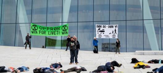 Klimaprotest på Operaen: Dør de – dør vi
