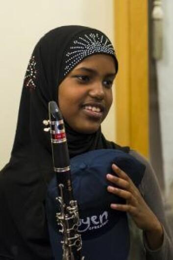 Jeg gleder meg til hver dag det er øvelse, sier Aniso, som mener det var klarinetten som valgte henne, og ikke omvendt. Foto: Morten Lauveng Jørgensen