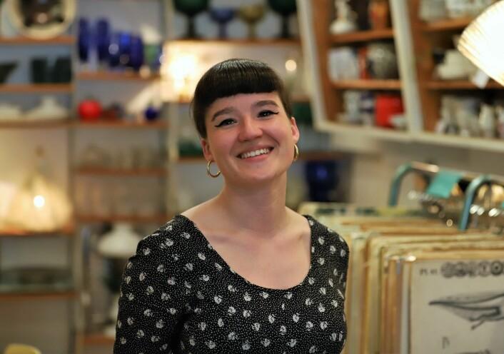 Embla Marie Moe Holsvik er kunden som etter hvert ble ansatt. Foto: André Kjernsli