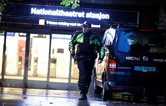 Masseslagsmål på Nationaltheatret i natt.Ingen skadde ble funnet.