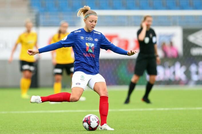 Vålerengas Maruschka Waldus må ut i karantene etter rødt kort i 5-0 nederlaget mot Klepp.<br />Foto: Ryan Kelly / NTB scanpix