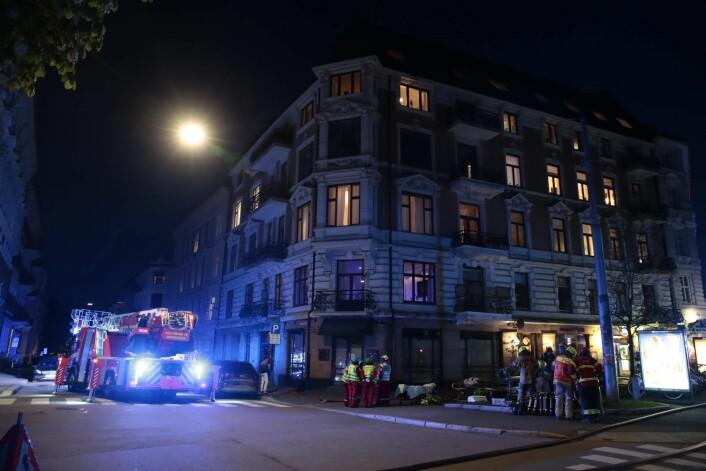 � Det blir en langvarig innsats fra nødetatene, sier politiets operasjonsleder Vidar Pedersen søndag kveld.<br />Foto: Håkon Mosvold Larsen / NTB scanpix