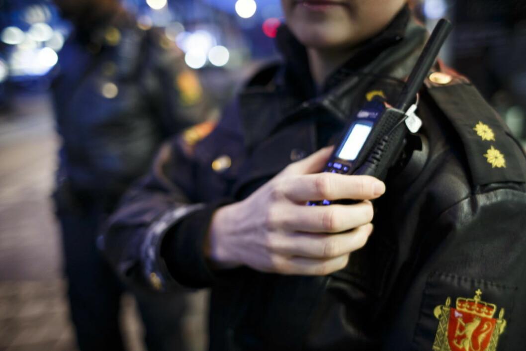 Den fornærmede har kutt i leppen og smerter i hodet og blir ivaretatt av helsepersonell, opplyser politiet. Foto: Heiko Junge NTB / scanpix