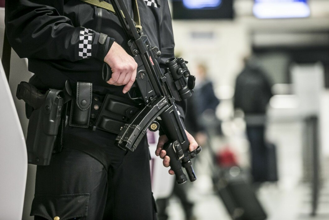 � Vi har nå avsluttet det aktive søket etter gjerningsmannen, opplyser politiet ved 17.15-tiden. Foto: Trond Reidar Teigen / NTB scanpix