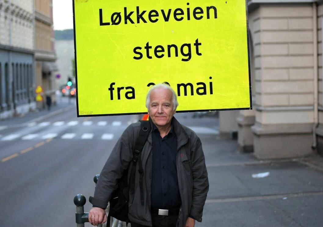 Siden 70-tallet har leder i Ruseløkka og Skillebekk beboerforening, Erik Karlsen, kjempet for å få stengt Løkkeveien for gjennomgangstrafikk. Nå håper han stengingen blir permanent. Foto: Christian Boger