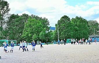 Etter sommerferien står kunstgressbanen på Klosterenga endelig ferdig