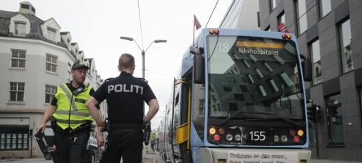 Kvinne påkjørt av trikken i Schweigaards gate ved bussterminalen på Grønland