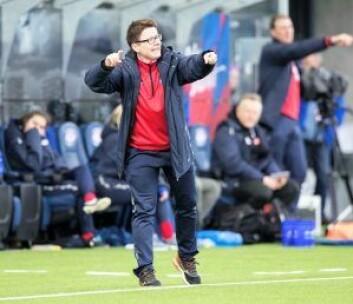Trene Monica Knudsen ser frem til kampen mot United. Foto: Terje Pedersen / NTB scanpix