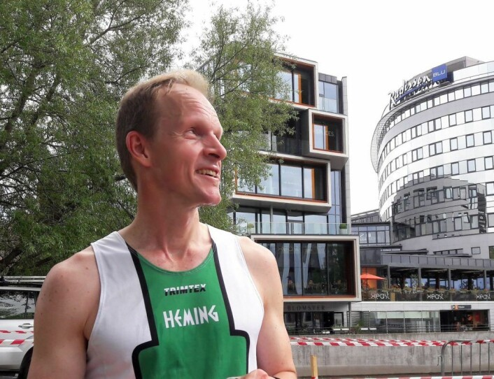 Sprintorientering er fint for oss som liker terreng og underlag som er mer lettløpt enn skogen, mener Hemings Christian Reusch. Foto: Anders Høilund