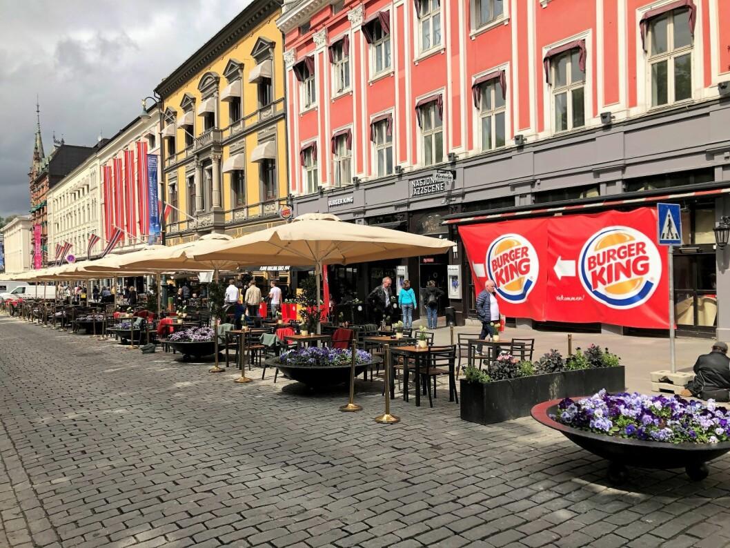 Da Burger King åpnet i lokalene etter TGI Friday's, stoppet den positive utviklingen opp i Karl Johan-kvartalet, mener skribenten. Foto: Øystein Aurlien