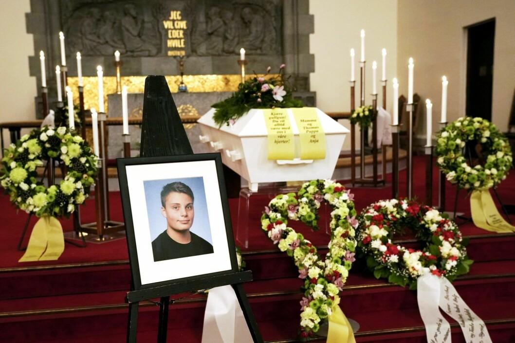 15 år gamle Even Warsla Meen mistet livet i tunnelulykken på Filipstad i Oslo 24. februar. Han ble bisatt i Frogner kirke. Foto: Cornelius Poppe / NTB scanpix