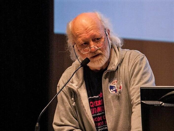 Vegard Holm har Grünerløkka i blodet. Han ble født ved Kroghstøtten og har bodd over 70 år på Løkka. Nå er han en av 11 initiativtakere bak kronerulling til Grüner hockey. Foto: Privat