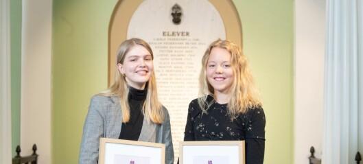 Elevene Felicia og Silje, ved Oslo by steinerskole, får forskningspris for studie av gatenavn i Oslo