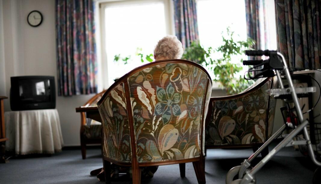 De som har hatt kontakt med den smittede hjemmesykepleieren er satt i hjemmekarantene.