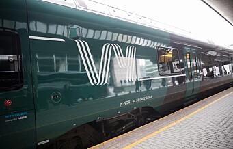30 rullestolbrukere fikk ikke reist med Vy til Oslo og Stolthetsparaden. Måtte leie buss i stedet