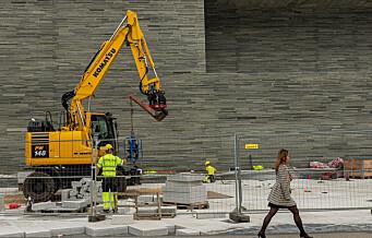 Servicearbeidere ved nye Nasjonalmuseet får ikke ståhøyde i bygget til seks milliarder. – Helt uholdbart, mener LO